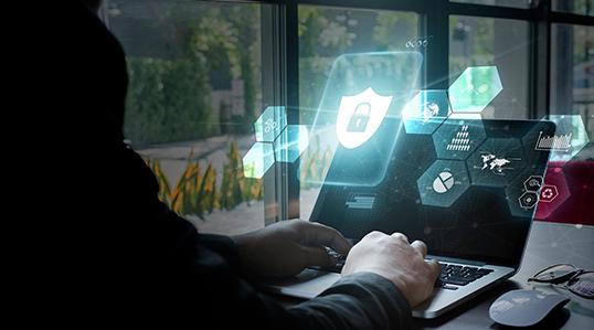 オンラインのウイルスチェックは危険?その仕組みを検証する